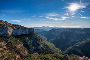 Фото Испания Горы Небо Скале Catalonia Природа
