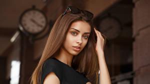 Фото Viacheslav Krivonos Модель Лица Смотрит Размытый фон Шатенка Liza Девушки