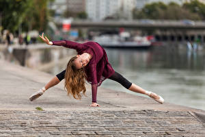 Фотографии Танцы Балета Набережной Боке Anastasia молодая женщина