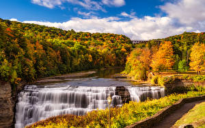 Картинки Осень Америка Парки Водопады Леса Пейзаж Уличные фонари Letchworth State Park Природа