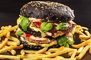 Обои для рабочего стола Фастфуд Гамбургер Булочки Картофель фри Черный Продукты питания