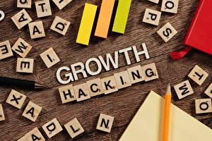 Фотография Карандаша Текст Инглийские Growth Hacking