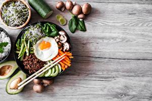 Фотография Грибы Авокадо Глазунья Палочки для еды Нарезка Bibimbap Продукты питания