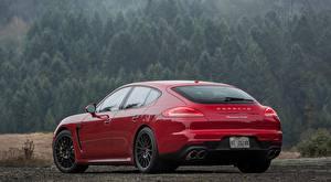 Фото Porsche Красные Вид сзади Hatchback, Panamera, Turbo, US-spec, 2013 машины