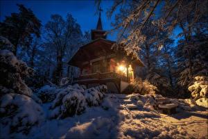 Картинка Швейцария Леса Зимние Дома Снегу Дерева Bern Природа