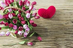Картинка Тюльпан День святого Валентина Сердце Корзины Шаблон поздравительной открытки Цветы
