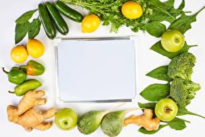Картинка Овощи Яблоки Лимоны Кабачок Перец Имбирь Шаблон поздравительной открытки Пища