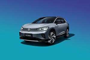 Картинки Volkswagen CUV Серые Металлик Спереди Цветной фон ID.4 Crozz Prime, China, 2020 машина