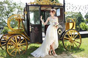Фотография Азиатки Букеты Каретой Платье Невеста Девушки