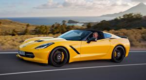 Фотография Chevrolet Желтый Сбоку Купе Corvette, Stingray, Coupe, EU-spec, 2013 Автомобили