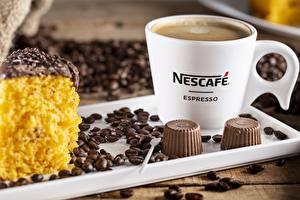 Обои Кофе Конфеты Зерно Кружка Nescafe Продукты питания