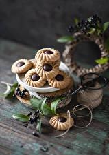 Картинка Печенье Ягоды Натюрморт Доски Ветка Пища