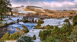 Фото Англия Река Мост Пейзаж Панорама Холмы Bellever Природа