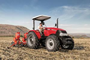 Фотография Поля Сельскохозяйственная техника Трактор Работает Case IH Farmall 90JXM, 2015--