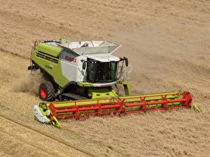 Обои Поля Сельскохозяйственная техника Зерноуборочный комбайн 2010-20 Claas Lexion 750
