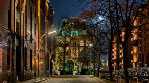 Картинка Германия Гамбург Дома Ночные Улице Города