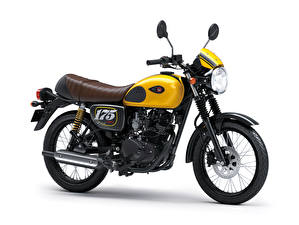 Фотографии Kawasaki Белом фоне Сбоку 2019 W175 Cafe Мотоциклы