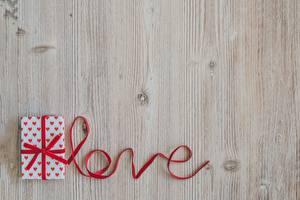 Фото Любовь Шаблон поздравительной открытки Слова Английский Ленточка Подарков