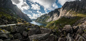 Обои Норвегия Горы Камни Скала Облака Bjerkreim Природа картинки