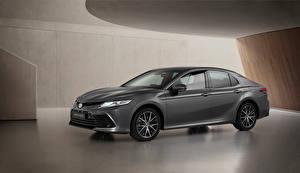Картинки Toyota Серые Металлик Camry Hybrid, EU-spec, 2020 Автомобили
