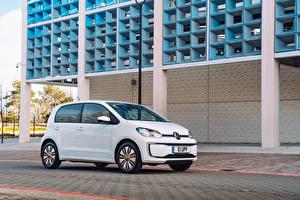 Картинка Фольксваген Белых 2020 Volkswagen e-up!