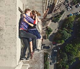 Фотография Целоваться Обнимаются Сверху Парень Alexey Panteleev девушка