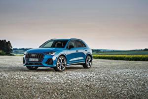 Обои Audi CUV Голубые Металлик Гибридный автомобиль Q3 45 TFSI e S line, 2020 машина