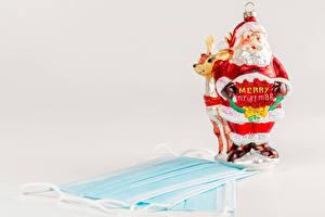 Фотографии Новый год Коронавирус Маски Олени Дед Мороз Слово - Надпись Английский