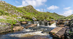Картинка Англия Реки Камни Холмы Dartmoor