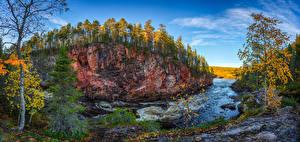 Картинка Финляндия Осень Речка Леса Деревья Утес Kuusamo Природа