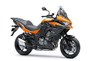 Фото Kawasaki Сбоку Белый фон Versys 1000 SE LT, 2018 - - Мотоциклы