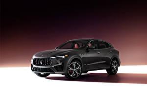 Фотография Maserati Кроссовер Серая Levante S Q4 GranSport, (M161), 2020 Автомобили