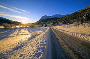 Картинки Норвегия Зимние Дороги Гора Снеге Солнце Ørsta