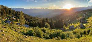 Картинка Словения Рассветы и закаты Дома Леса Поселок Кустов Planina Zajamniki Природа