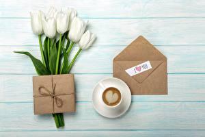 Картинка Тюльпаны Кофе Конверт Серце Подарки Цветы