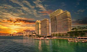 Фото США Побережье Рассветы и закаты Дома Пристань Майами Города