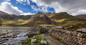Картинки Великобритания Камень Речка Уэльс Облачно Snowdonia Природа