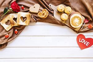 Фотографии День всех влюблённых Хлеб Серце Шаблон поздравительной открытки Доски Пища