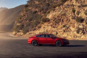 Фото Volkswagen Красный Металлик Сбоку Arteon 4MOTION R-Line, North America, 2020 автомобиль