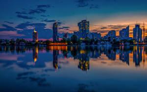 Фотография Австрия Вена Здания Пристань Вечер Речка Отражение Города