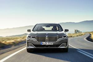 Фото BMW Спереди 7 Series G12 G11 facelift 750 Li машины