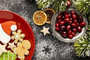 Картинки Новый год Печенье Ягоды Ветки