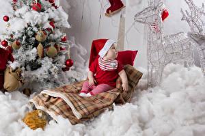 Картинка Рождество Олени Младенца Шапки Новогодняя ёлка Шар