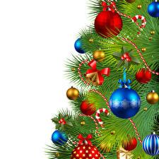 Фото Новый год Векторная графика Белый фон Елка Шарики Бантик Шаблон поздравительной открытки