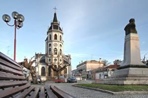 Картинки Церковь Памятники Португалия Уличные фонари Reguengos de Monsaraz, Alentejo город