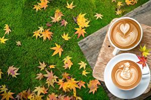 Фото Кофе Капучино Осень Сердце Листва Продукты питания