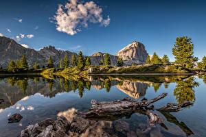 Фотография Италия Горы Озеро Альп Утес Отражение Dolomites Природа