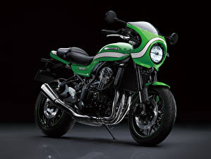 Картинка Kawasaki Зеленых Z900RS Cafe, 2018 -- мотоцикл
