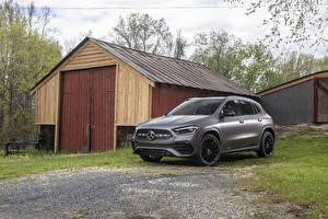 Фото Mercedes-Benz Кроссовер Серая 2021 GLA 250 AMG Line машина