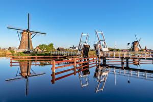 Картинка Нидерланды Мост Мельница Водный канал Zaanse Schans Природа